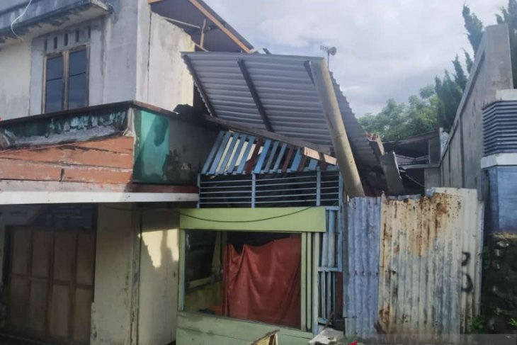 4.8-magnitude earthquake rocks Aceh, damage reported in Sabang