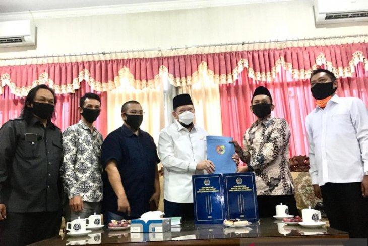 Ketua DPD janji bawa persoalan DPRD dengan Bupati Jember ke Presiden
