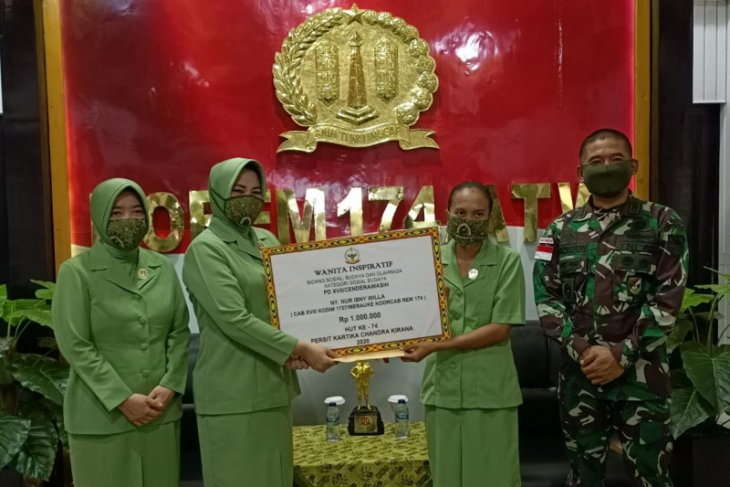 Istri prajurit TNI jadi kepala kampung di perbatasan