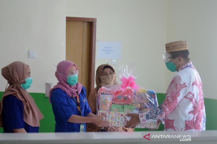 Rachmat Gobel bantu 2 bayi yang positif COVID-19 asal Gorontalo Utara
