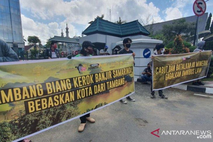 KMS Kalimantan Timur Demontrasi Minta Hentikan Virus Tambang