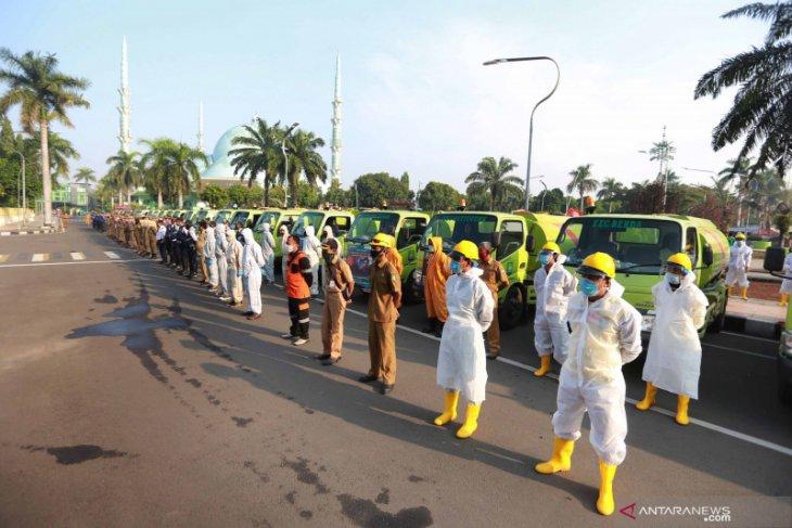 Pemkot Tangerang gelar penyemprotan disinfektanmassal di masa transisi