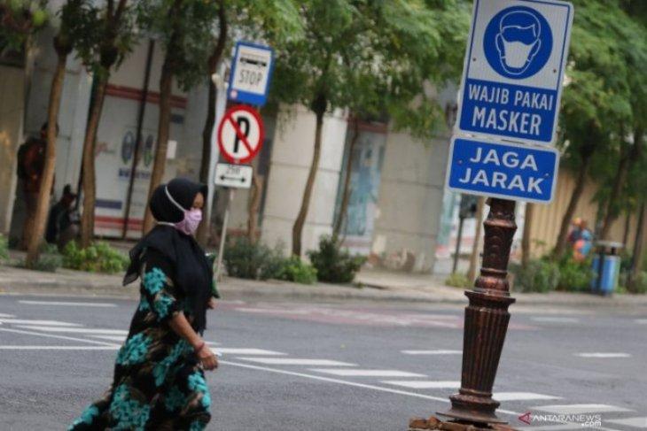 Masa transisi normal baru Surabaya Raya berlangsung 14 hari