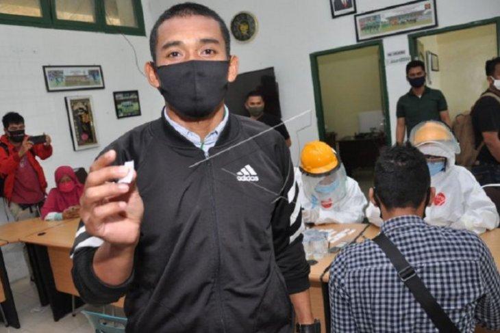 Pemain dan manajemen PSMS Medan  jalani