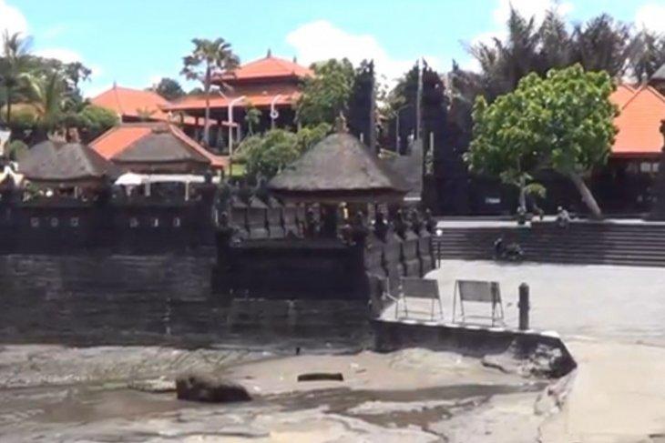 Wisata Tanah Lot Bali siapkan normal baru
