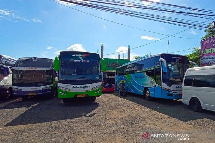 Harga tiket bus Putra Rafflesia naik 50 persen