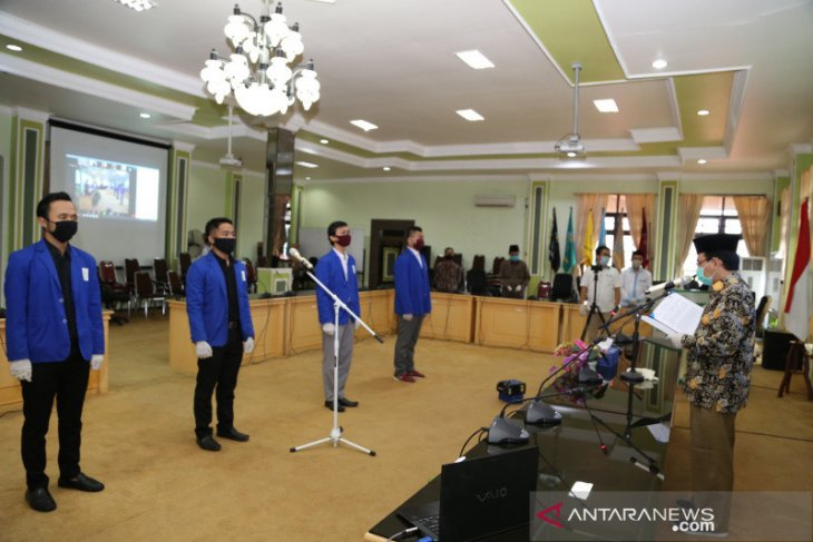 Rektor UIN Antasari lantik pengurus senat dan dewan eksekutif mahasiswa