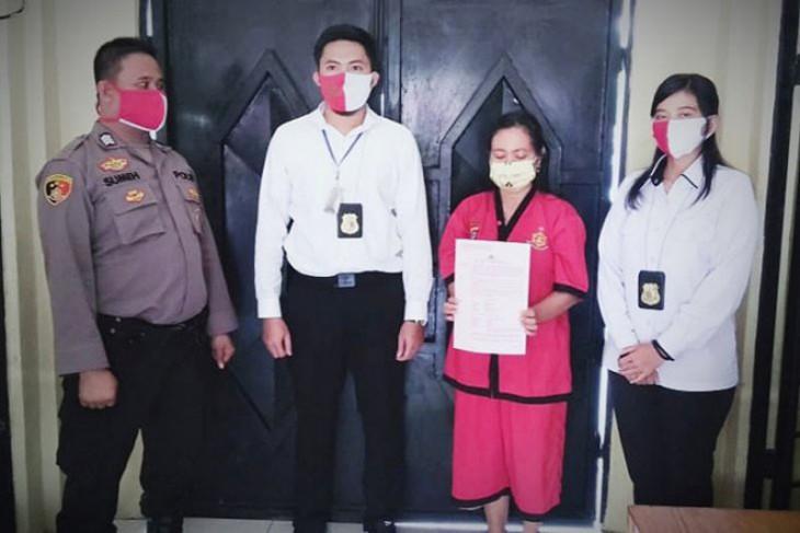 Gelapkan uang kuliah, seorang pegawai honorer ditahan polisi