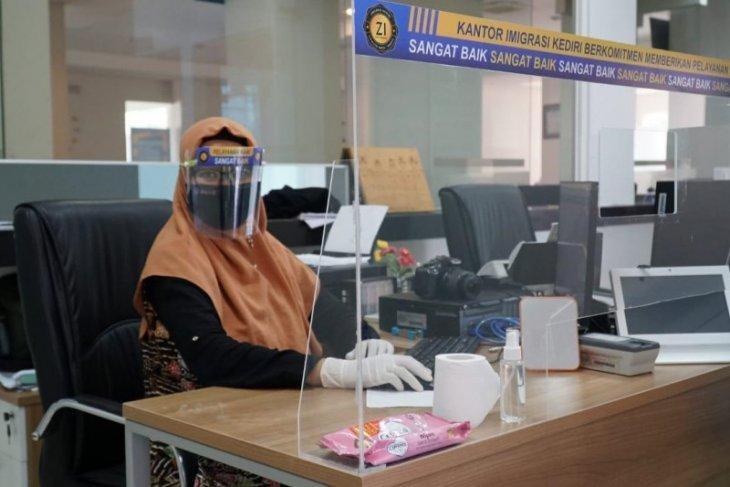 Kantor Imigrasi kembali buka pelayanan pasor melalui aplikasi
