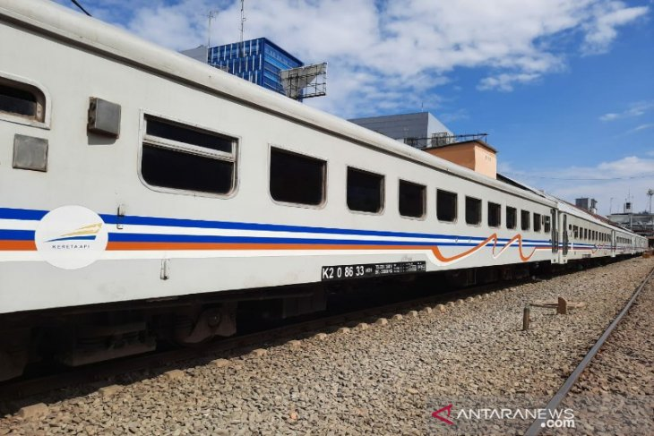 KAI Sumut kembali operasikan enam perjalanan kereta api lokal