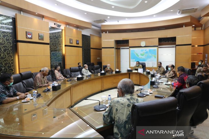 Sejumlah purnawirawan TNI temui Menko Polhukam bahas ideologi negara