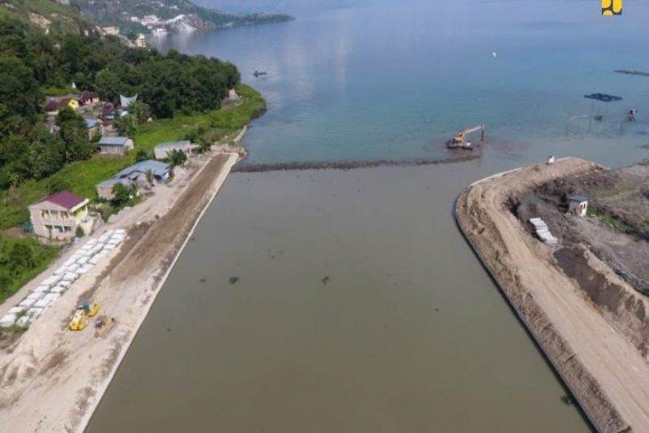 Luhut: Pandemi bukan halangan pengembangan kawasan Danau Toba