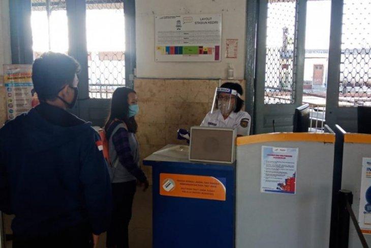 Sejumlah  kereta api lokal di wilayah Daop 7 mulai beroperasi