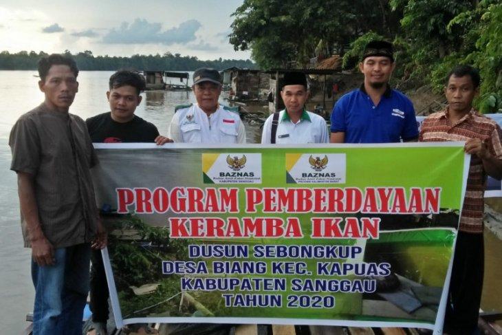 Baznas sumbang keramba dan listrik tenaga surya ke Dusun Sebongkup