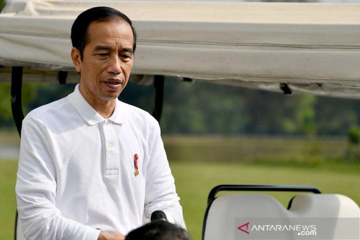 Presiden Jokowi: sesama perguruan tinggi saling membantu
