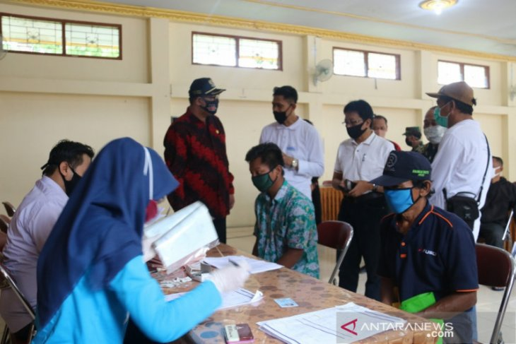 Pemkab Kulon Progo salurkan BST kepada 9.911 keluarga terdampak COVID-19