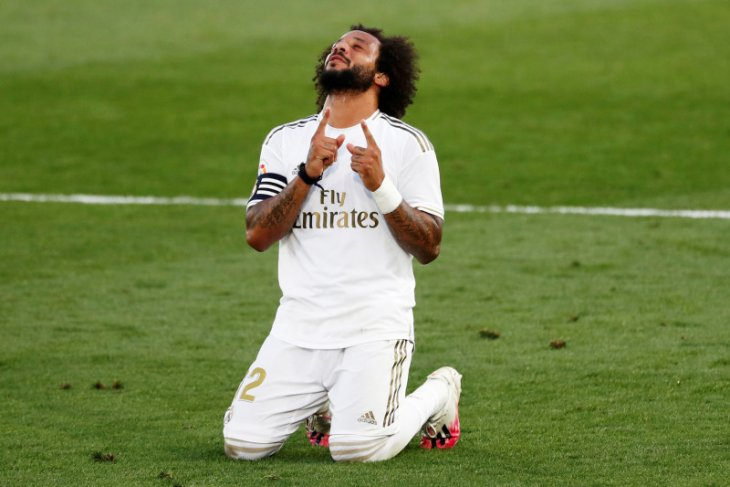 Real  Madrid menang meyakinkan 3-1 melawan Eibar