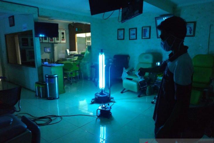 PMI Tangerang gunakan teknologi sinar UV untuk sterilisasi tempat dan alat kesehatan