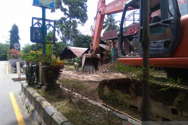 Jalan lingkar kota Kandangan HSS Kalsel sedang perbaikan