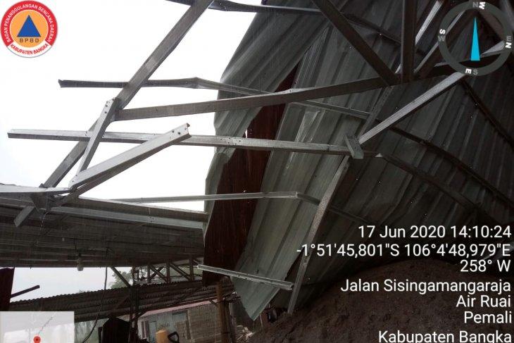 Sembilan rumah di Bangka rusak akibat angin puting beliung