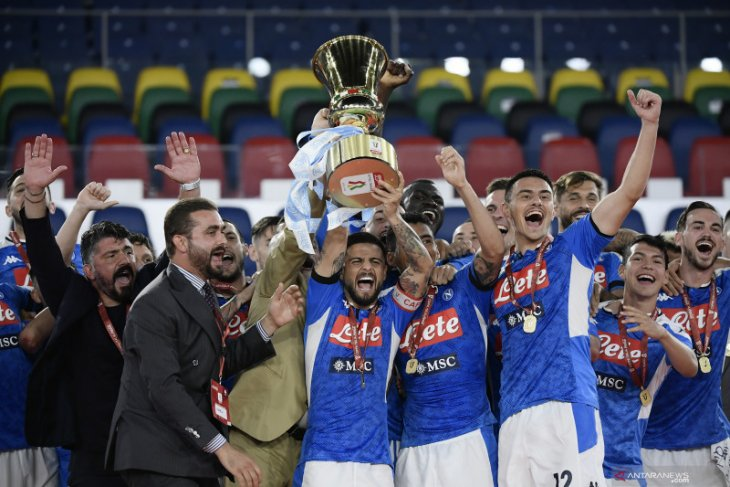 Napoli juara Piala Italia dalam drama adu penalti atas Juventus