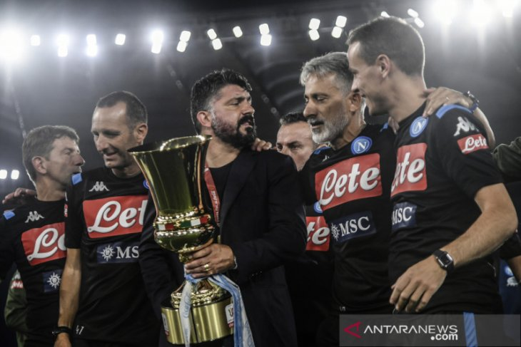 Napoli menangi gelar Piala Italia yang keenam kalinya
