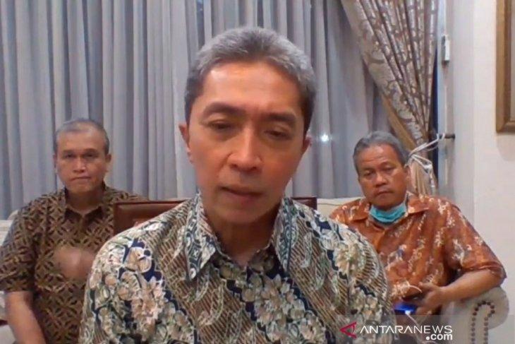 73 karyawan Toko Mitra 10 Kota Bogor jalani tes swab