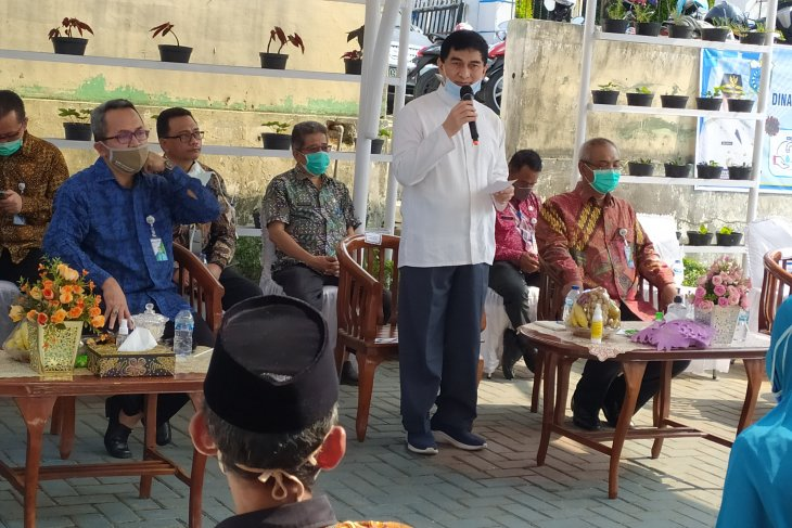Anggota DPR berharap seluruh pekerja di Pandeglang masuk program BPJAMSOSTEK