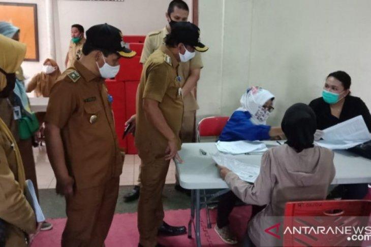Dinsos Banten salurkan bansos gelombang II untuk 37.738 KK di Kota Tangerang