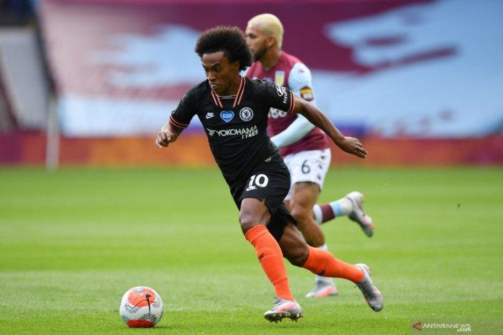 Willian sepakat bertahan di Chelsea sampai akhir musim