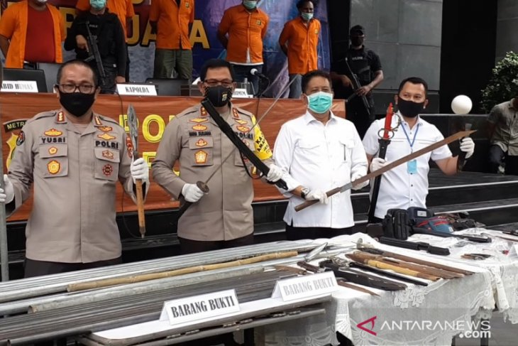 Polda Metro Jaya imbau masyarakat  laporkan premanisme