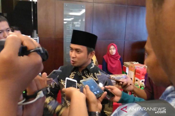 Bupati Penajam  AGM bantah beli Pulau Malember