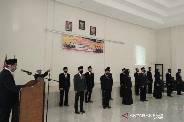 Bawaslu Bangka Barat lantik seluruh anggota PKD