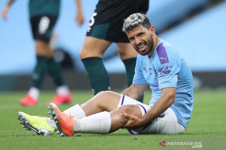 Sergio Aguero jalani pemeriksaan lutut di Barcelona