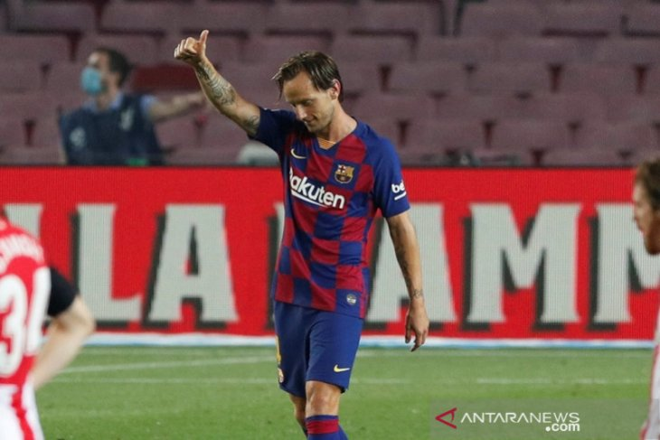 Rakitic bawa Barcelona geser Madrid dan  ke puncak klasemen lagi