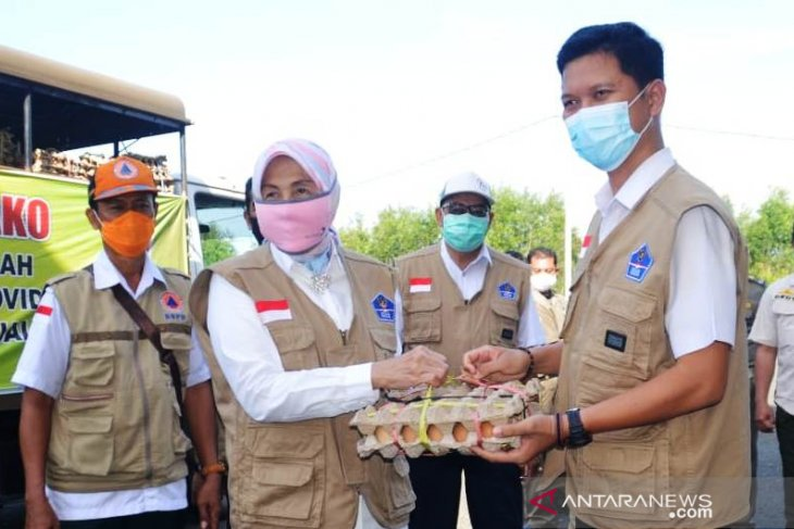 Batola distributes 20.222 food packages for the poor