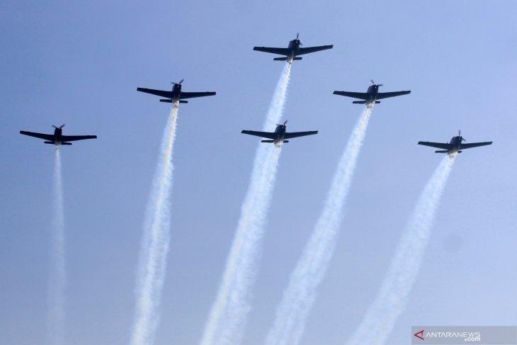 KSAL menerima brevet penerbangan TNI AL