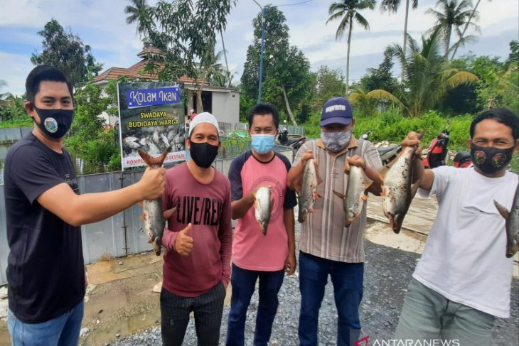 Borneo Lestari Tough Village develops fish farming for food security