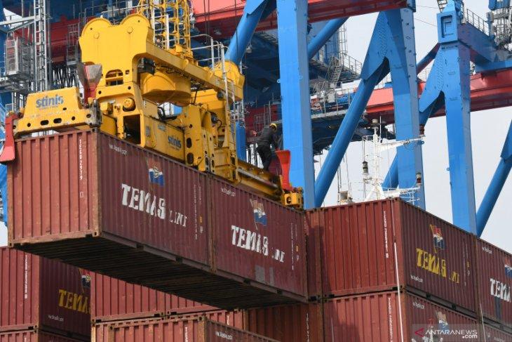Neraca Perdagangan RI surplus 1,96 miliar dolar AS pada Januari 2021