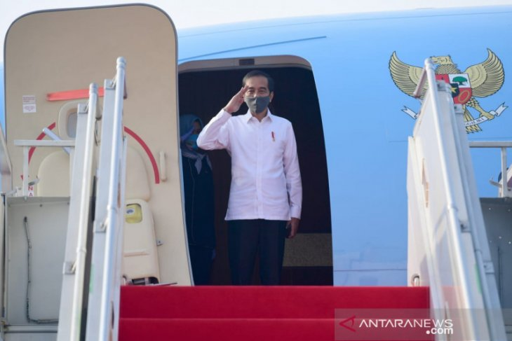 President visits Central Java to inspect COVID-19 Command Post