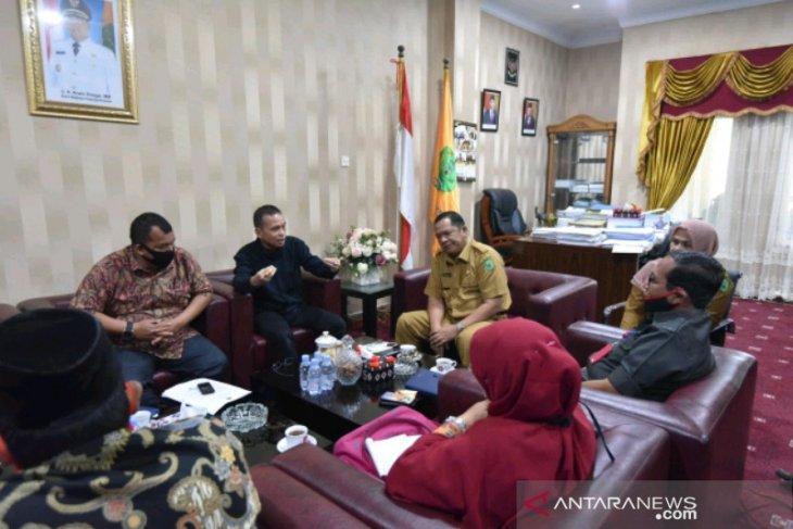 Mutakhir data berkelanjutan, KPU Padangsidimpuan adakan pertemuan bersama wali kota