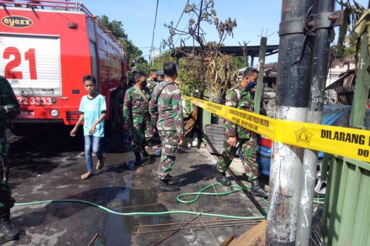 Lima asrama TNI di Bali terbakar