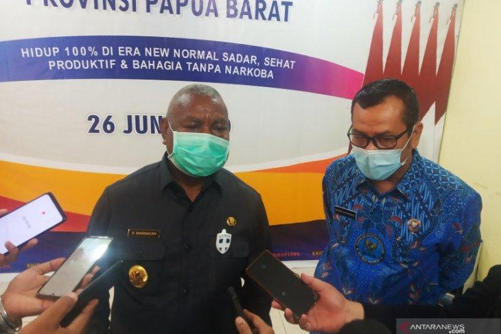 Gubernur Dominggus ingatkan pemuda Papua Barat jauhi narkoba