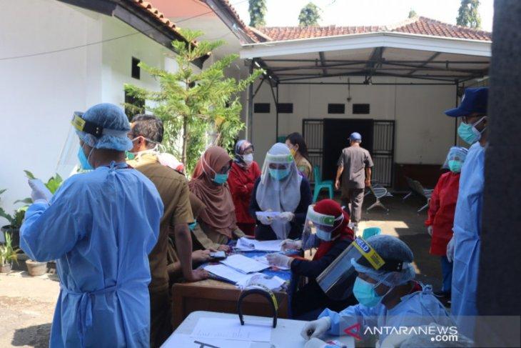 Jumlah pasiesn positif COVID-19 di Kota Sukabumi tinggal tujuh orang