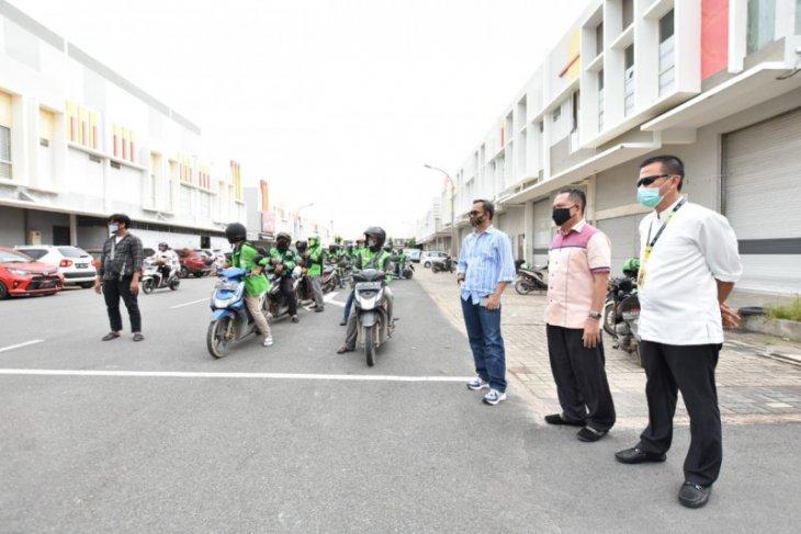 Tim Satgas Batam distribusikan 500.000 masker Temasek Singapura