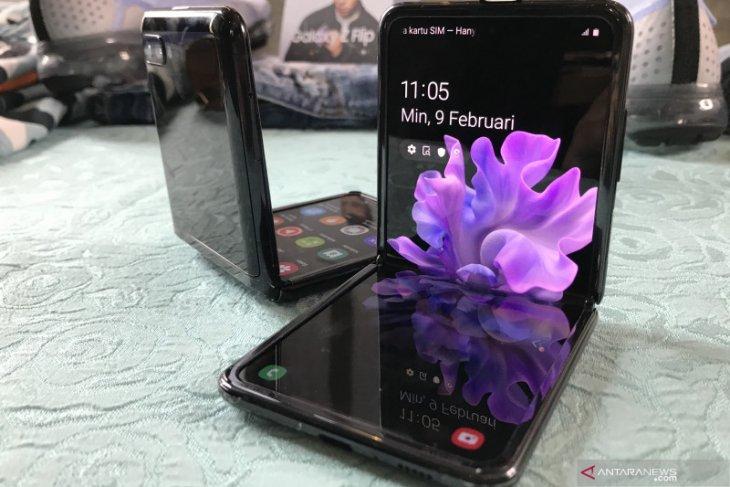 Samsung segera rilis dua ponsel layar lipat terbaru