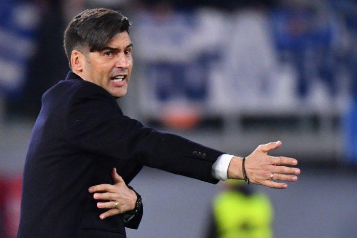 Pelatih Roma menyalahkan timnya karena hadiahkan kemenangan kepada Milan