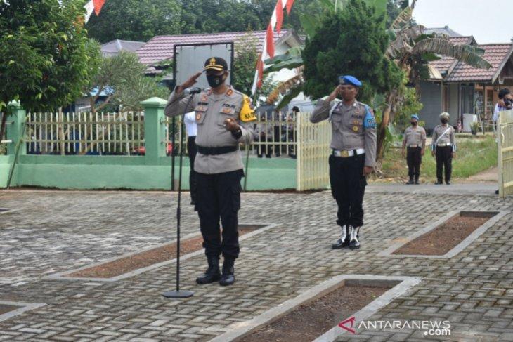Hari Bhayangkara ke 74 - Kapolres Balangan Pimpin Ziarah ke TMP Aseri