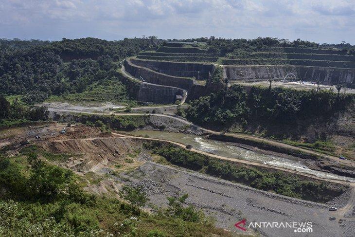 Target pembangunan bendungan Leuwikeris