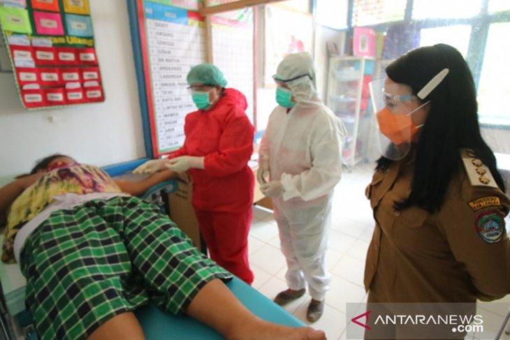 Pemkab Landak kedepankan protokol kesehatan dalam layanan KB gratis